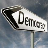 نقش تربیت در نهادینه کردن دموکراسی